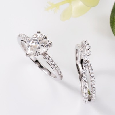 Unique Pear Cut White Sapphire Sterling Silver Solitaire Bridal Ring Sets