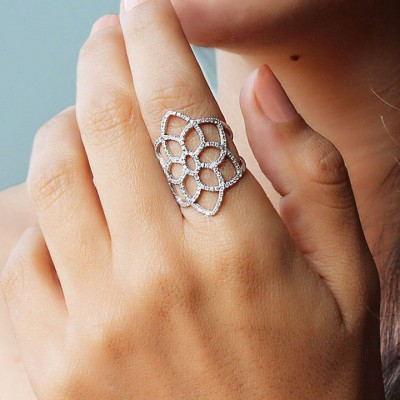 Vintage White Sapphire Hollow Lace Sterling Silver Ring for Women