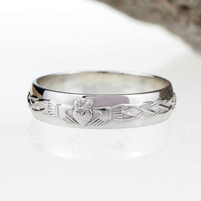 Unisex Claddagh Sterling Silver Wedding Ring Band
