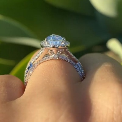 Pear Cut White Sapphire 925 Sterling Silver Halo Twisted Engagement Ring