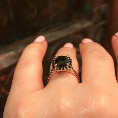 Rose Gold Round Cut Black Sapphire 925 Sterling Silver Halo Engagement Ring